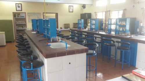 Chemistry Lab (2)