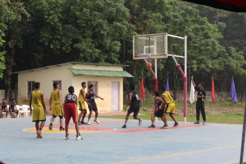 Command Level Basketball Boys